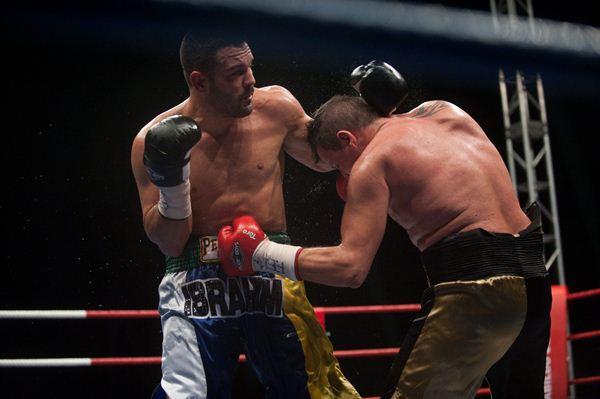 Ibrahim López, durante su batalla con Luis Rodríguez en 2012. / FRAN PALLERO