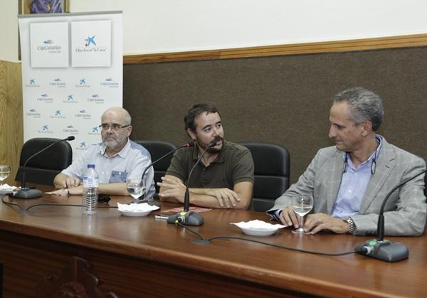 Tras las comparecencias se celebró una mesa de debate. / DA