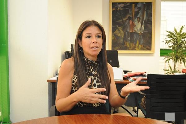 La consejera de Acción Exterior del Cabildo tinerfeño, Delia Herrera. / JAVIER GAVINET