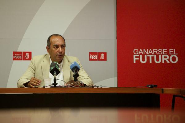 Julio Cruz, senador y secretario de Organización del PSOE. | DA