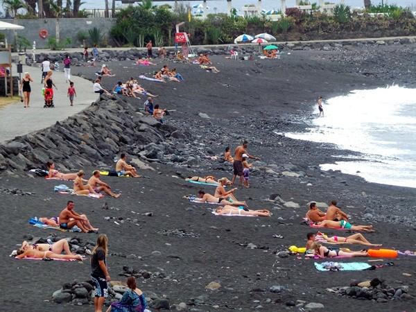 Una de las playas que se ha puesto sobre la mesa es el caso de la de Martiánez, en Puerto de la Cruz. / M. P.