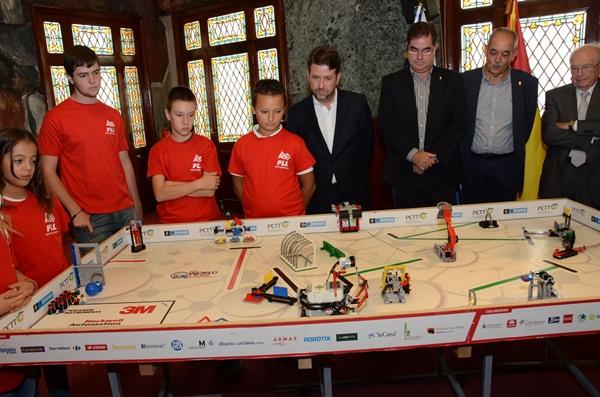 Alonso, durante la presentación del torneo regional. / DA