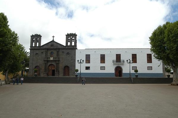 La concentración está prevista para el lunes a las 19.00 horas en la plaza del Cristo, frente al Consistorio. / DA