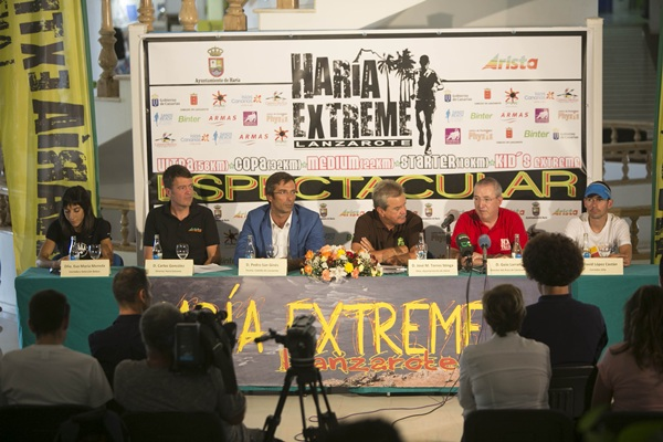 Un momento de la presentación celebrada en el municipio lanzaroteño. / DA