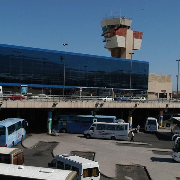 Imagen de archivo del aeropuerto de Gran Canaria. / EP