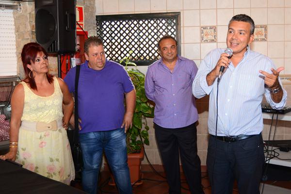 La asamblea se celebró en la tarde de ayer en la sede del Mercado Nuestra Señora de África. / SERGIO MÉNDEZ