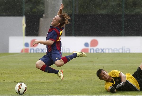 El jugador croata, durante un encuentro de pretemporada con la primera plantilla barcelonista. / FRANCESC ADELANTADO