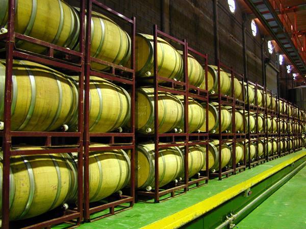 En concreto, se adquirieron alrededor de 100.000 litros de vino procedente de La Mancha. | M. P.