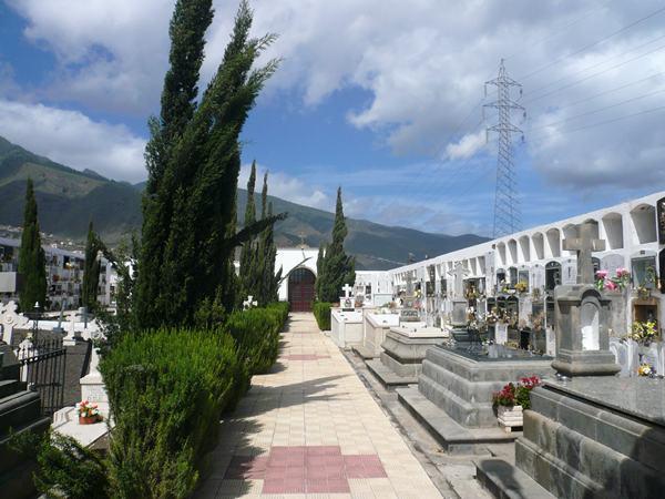 El cementerio de Santa Sabina, en el barrio de Santa Ana, el más grande del municipio. / DA