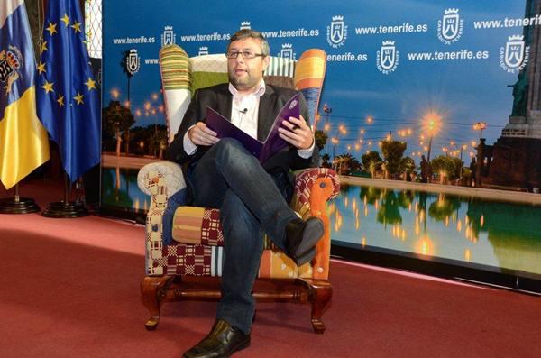 El consejero insular Miguel Ángel Pérez, ayer, durante la presentación de la nueva edición.   DA