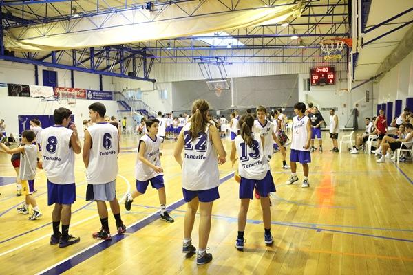 Las entidades deportivas amater y de base sin ánimo de lucro realizan una gran labor social. / DA