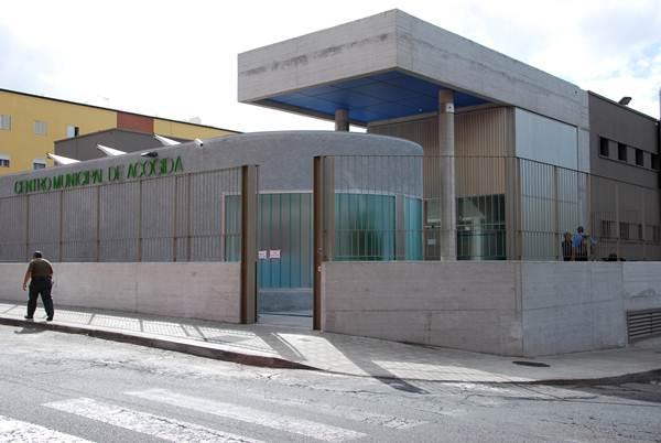 El Centro Municipal de Acogida cuenta con un centenar de plazas alojativas.   DA