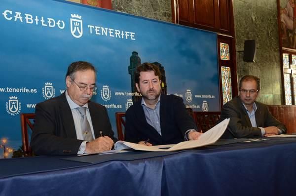 Domingo Berriel, Carlos Alonso y José Luis Delgado, ayer en rueda de prensa. | DA
