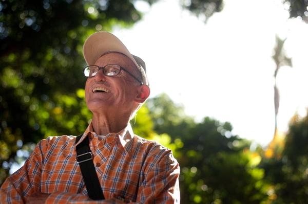 Filiberto Rodríguez, a sus 78 años, ha caminado ya más de 5.000 kilómetros. / FRAN PALLERO