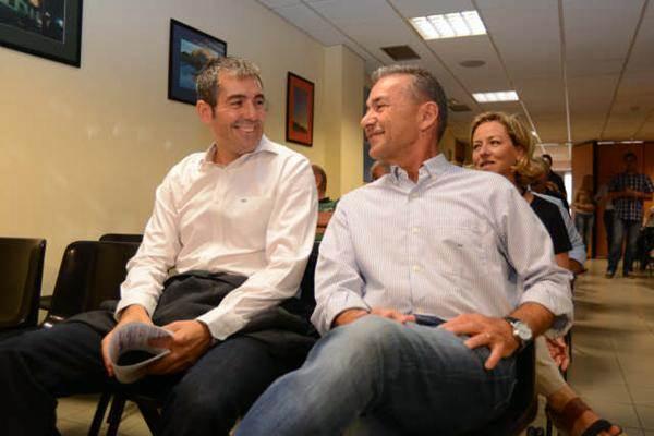 Clavijo y Rivero, junto a Ana Oramas, en un acto de CC. | DA