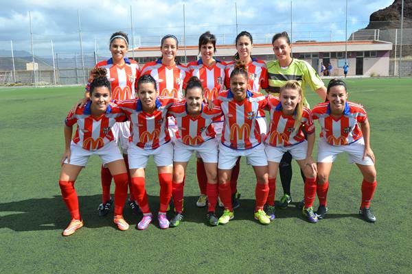 Una formación del vigente curso del campeón de Canarias de fútbol femenino. | DA