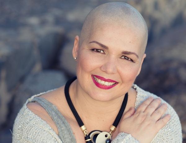 Hilda Siverio muestra su sonrisa eterna con la que combate al cáncer. / PATRI CÁMPORA