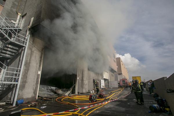 El servicio fue requerido por un alertante accidental que, a través de una llamada al Centro de Coordinación del 112, informaba de que se había producido un incendio. / BOMBEROS DE TENERIFE