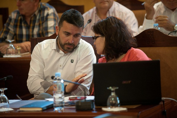 Javier Rivero o Mary Brito, posibles cabezas del cartel del PSOE. / NORCHI