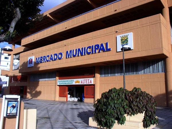 El local donde se encontraban almacenados los alimentos está ubicado en el Mercado Municipal. / MOISÉS PÉREZ