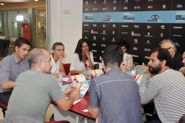Una reunión del encuentro de productores andaluces y canarios. / DA