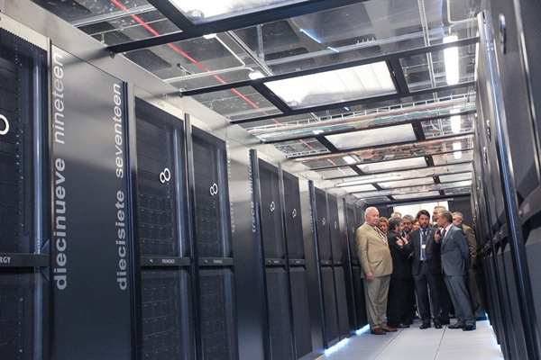 El supercomputador Teide-HPC ayudará a mejorar la predicción meteorológica de las Islas, a simular prototipos de alta tecnología y a prestar servicios como Amazon. / TONY CUADRADO