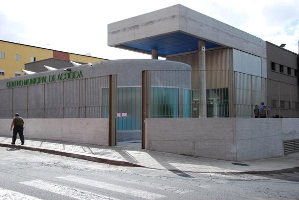 El Centro Municipal de Acogida cuenta con un centenar de plazas para dormir. / C.G.