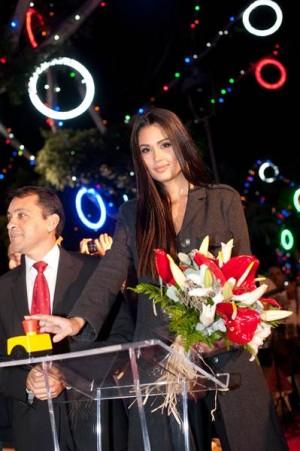 La Miss España 2008, Patricia Yurena Rodríguez, hizo el encendido. | F. P.
