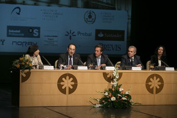 Los ponentes de Jornadas de Derecho del Trabajo y de Seguridad Social que se celebra en Gran Canaria. / DA