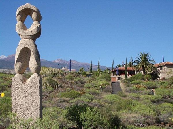 El Parque de Los Cardones en San Isidro reabre hoy sus puertas con casi un centenar de obras del artista. / DA