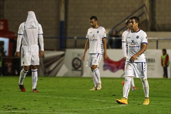 Diego Ifrán fue la imagen de la impotencia de un equipo que no estuvo a la altura en un partido ante un rival flojo. / EDDY KELELE