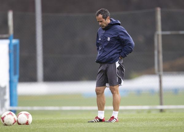 Cervera, entrenador del CD Tenerife. / DA