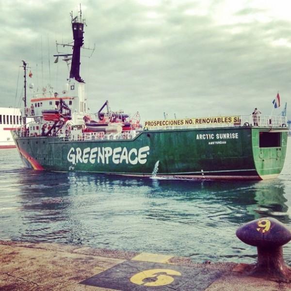 El Artic Sunrise permanecerá retenido en el Puerto de Arrecife hasta que Greenpeace deposite un aval de 50.000 €. / GREENPEACE