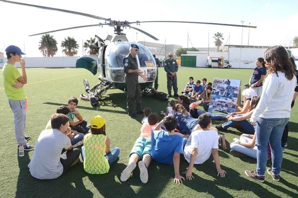 La presencia del helicóptero fue uno de los atractivos de la jornada. | SERGIO MÉNDEZ