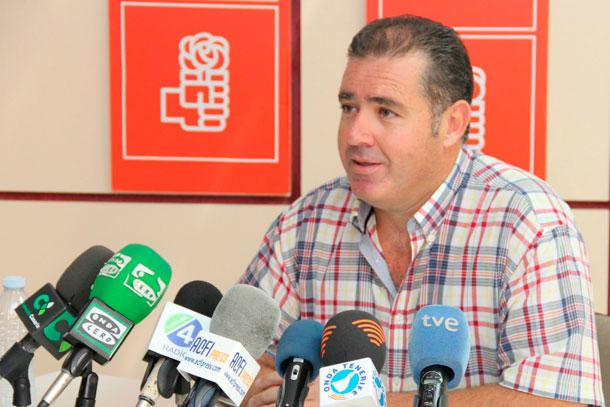 Fumero forma parte así de la lista de alcaldes y concejales imputados en Tenerife./ DA.