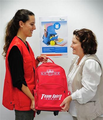 Mochilas Rojas, campaña de la Cruz Roja