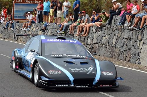 El grancanario Julián Falcón con su Silver Car S2, durante la pasada Subida a Tamaimo. / SERGIO MÉNDEZ