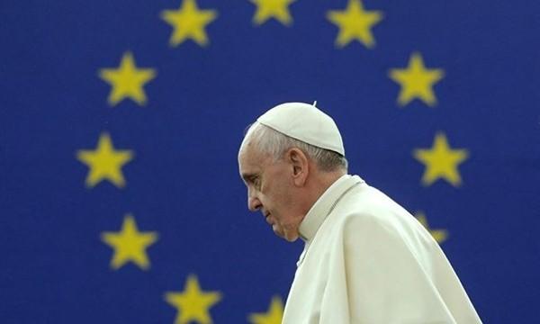 El Papa recomienda a los jóvenes practicar el ayuno para ganar autocontrol