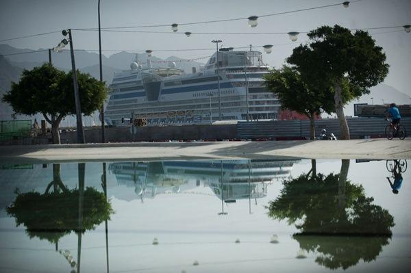 Cuatro cruceros coincidirán el 31 de diciembre en el puerto; uno partirá antes de la medianoche. / FRAN PALLERO