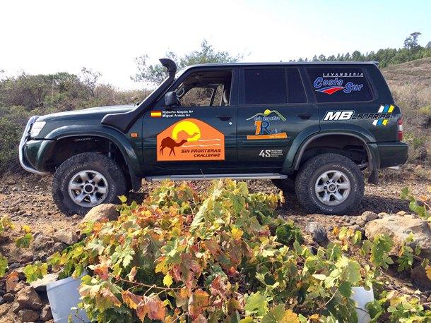 Equipo Costa Sur   Roberto Alayon y Miguel Armas Nissan Patrol GR