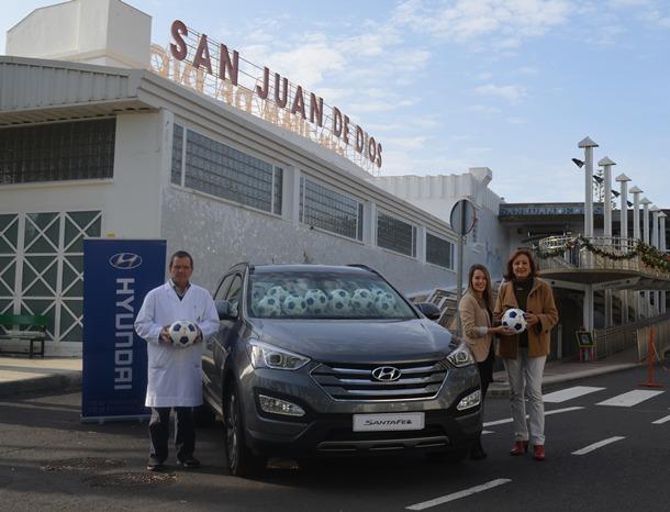 Hyundai Canarias entrega 40 balones a la Ciudad San Juan de Dios
