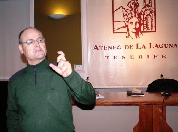 Marcial Morera durante su exposición en La Laguna. | EP