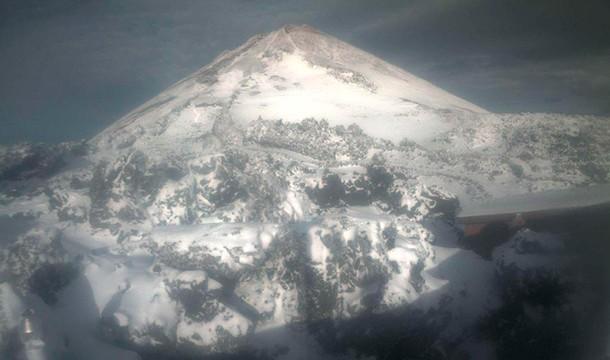 Cierran el teleférico del Teide por hielo y nieve
