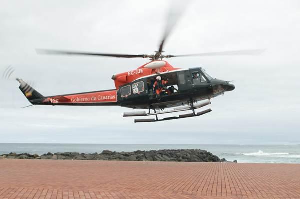 El mal estado de algunos senderos y las imprudencias han obligado a intervenir al helicóptero del GES. | DA
