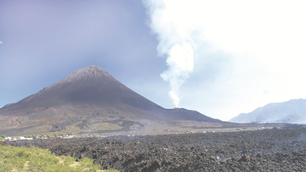 Canarias es la región con        mayor potencial geotérmico de  toda España. / DA