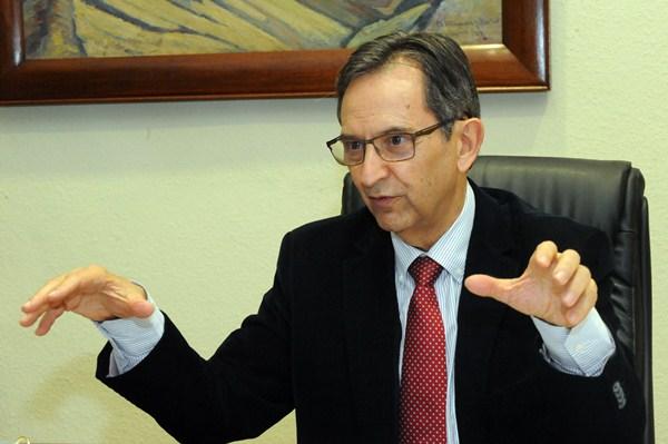 Antonio Castro, histórico dirigente de CC y presidente del Parlamento regional. / DA