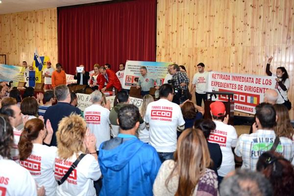 """Asamblea de delegados de la """"mayoría"""" de CC.OO.-Canarias. / S. MÉNDEZ"""