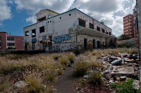 Vista de la fábrica de Celgán ubicada en el barrio de Tío Pino. / FRAN PALLERO
