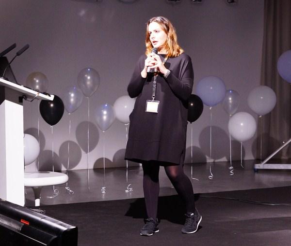 Paula Egea participó en las conferencias sobre diseño de fi2. / DA