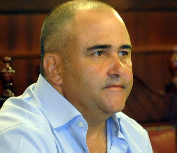 Escolástico Gil Hernández, portavoz municipal de ir-verdes                                   en El Rosario./ FRAN PALLERO
